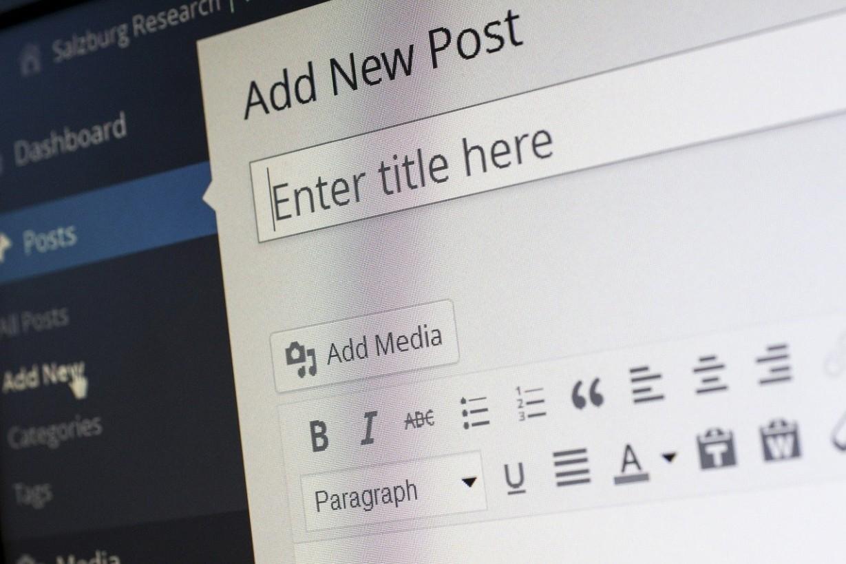Blogolás szállás seo